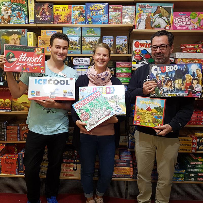 Tibarg Center Shopbild Hartfelder Marken- und Qualitaetsspielzeug Teamspiele
